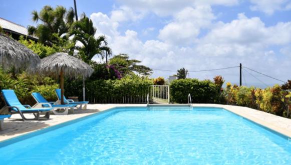 Le Panoramic Hôtel - Studios et Bungalows en Martinique